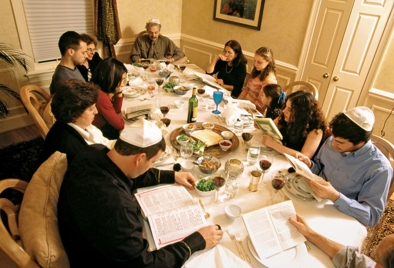 Глибокий зв'язок між Великоднем і єврейською Пасхою