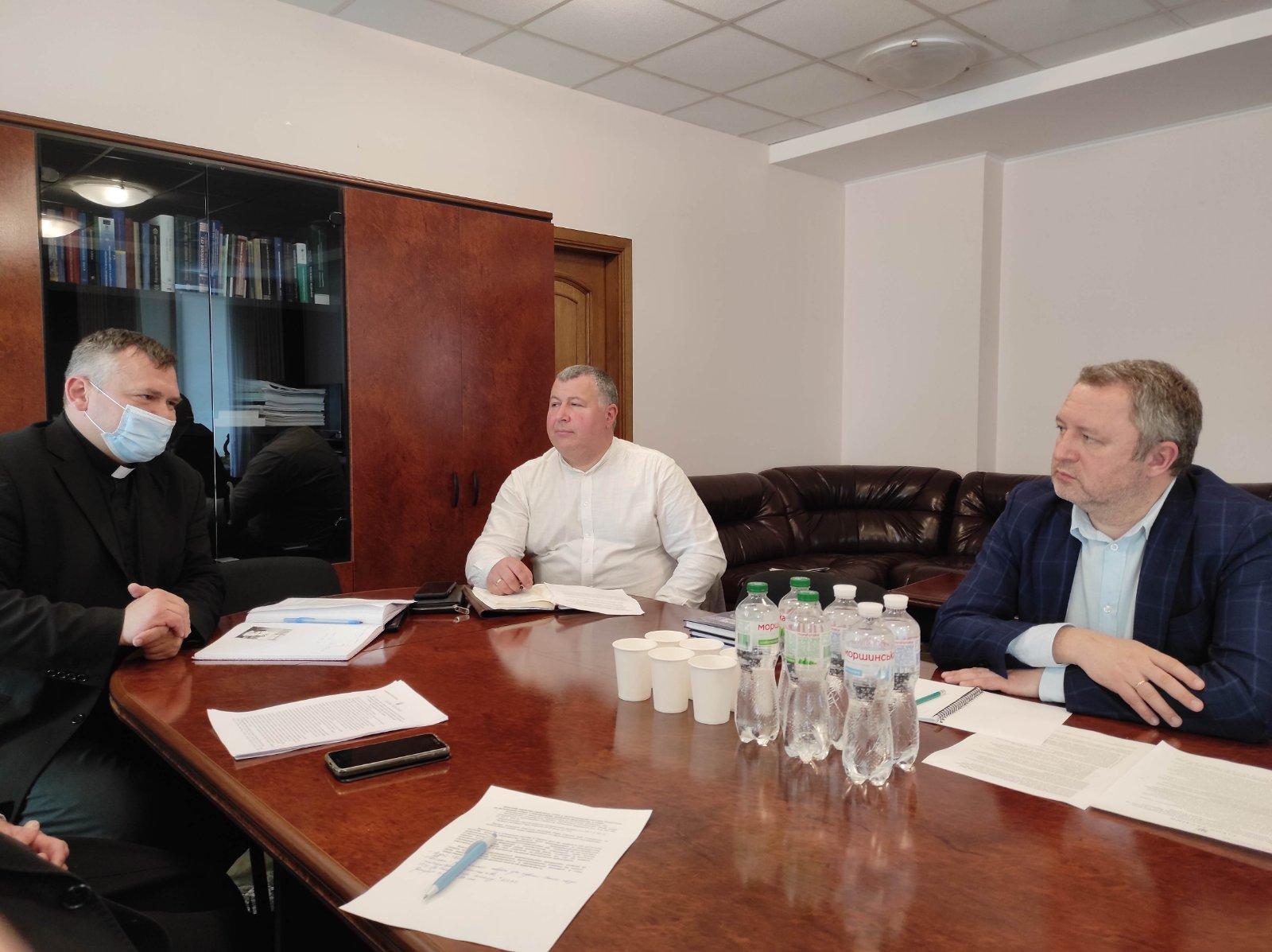 Стосовно правил релігійного служіння у в'язницях України на основі Європейських і демократичних стандартів